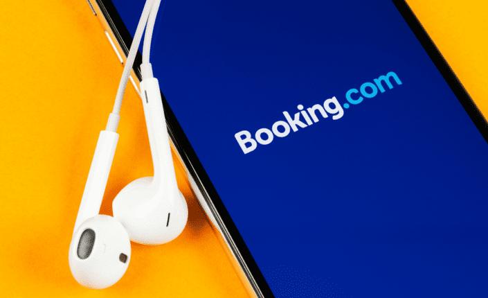 تطبيق Booking.com