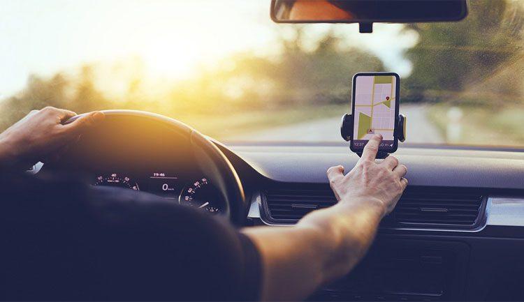 5 تطبيقات مهمة لسائقي السيارات تعمل على هواتف الأندرويد
