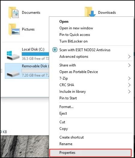 فلاشة USB 1