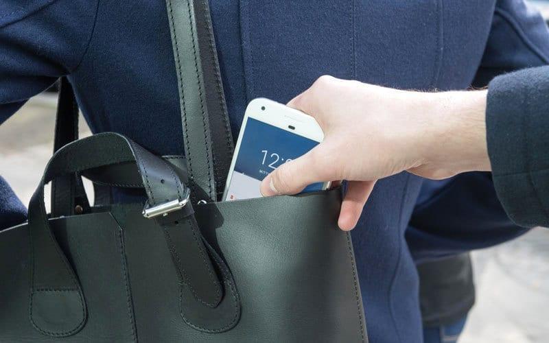 كيفية حماية بياناتك في حالة سرقة جهازك الذكي