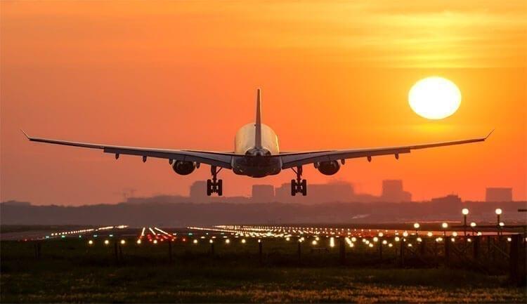 4 تطبيقات لمراقبة حركة الطائرات حول العالم بشكل مباشر