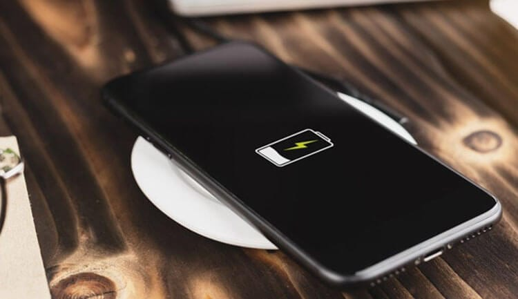 أفضل شواحن اللاسلكية لهواتف الأندرويد والآيفون لعام 2021