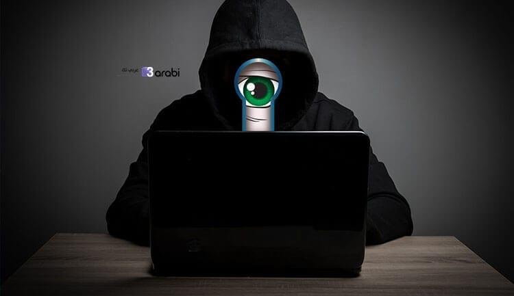كيف تعرف ما إذا كانت كاميرا الويب الخاصة بك تتجسس عليك