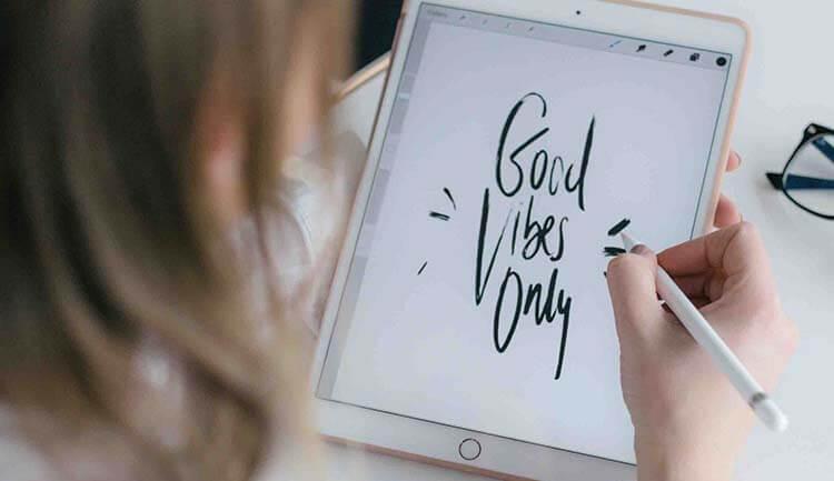أفضل 5 تطبيقات الكتابة اليدوية لمستخدمي iPhone و iPad