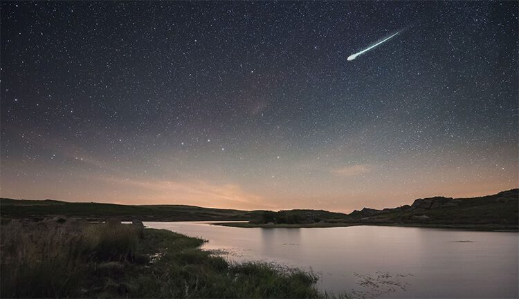 أبرز تطبيقات مراقبة النجوم والأجرام السماوية بشكل مباشر للجوال