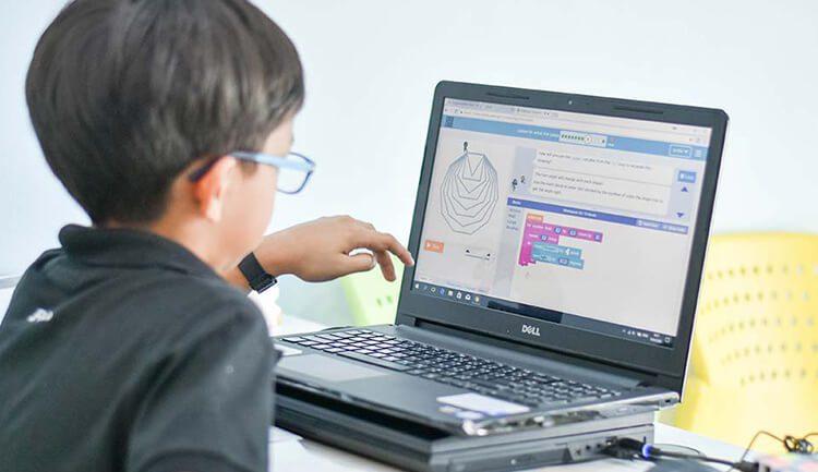 5 تطبيقات لتعلم البرمجة للأطفال لهواتف الأندرويد والآيفون لعام 2021