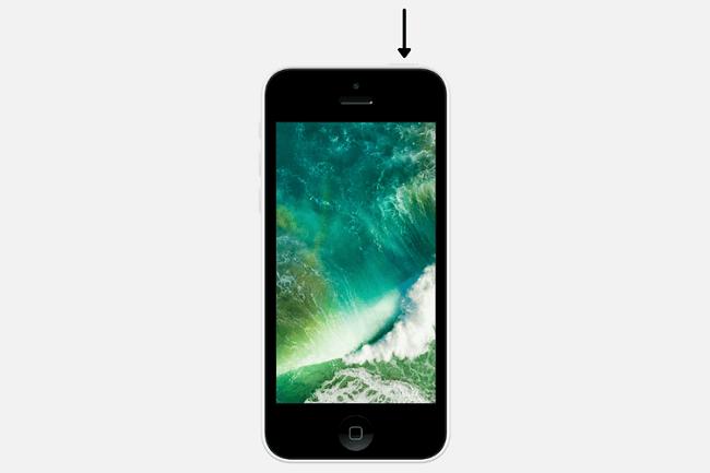 إعادة تشغيل هواتف الآيفون باستخدام زر الطاقة العلوي